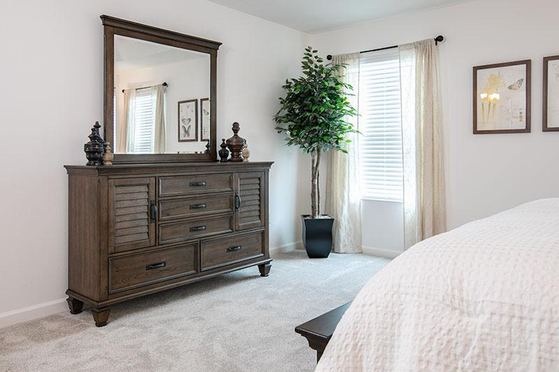 Sweet-Tea-bedroom-2-3
